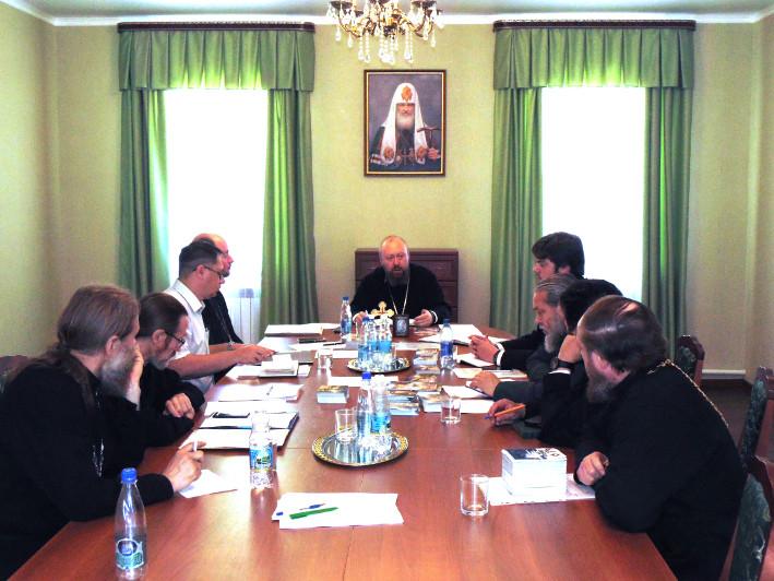 23 июня в Бежецком епархиальном управлении под председательством Преосвященнейшего Филарета, епископа Бежецкого и Весьегонского, прошло очередное заседание Епархиального совета.